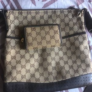 Gucci Crossbody with Wallet
